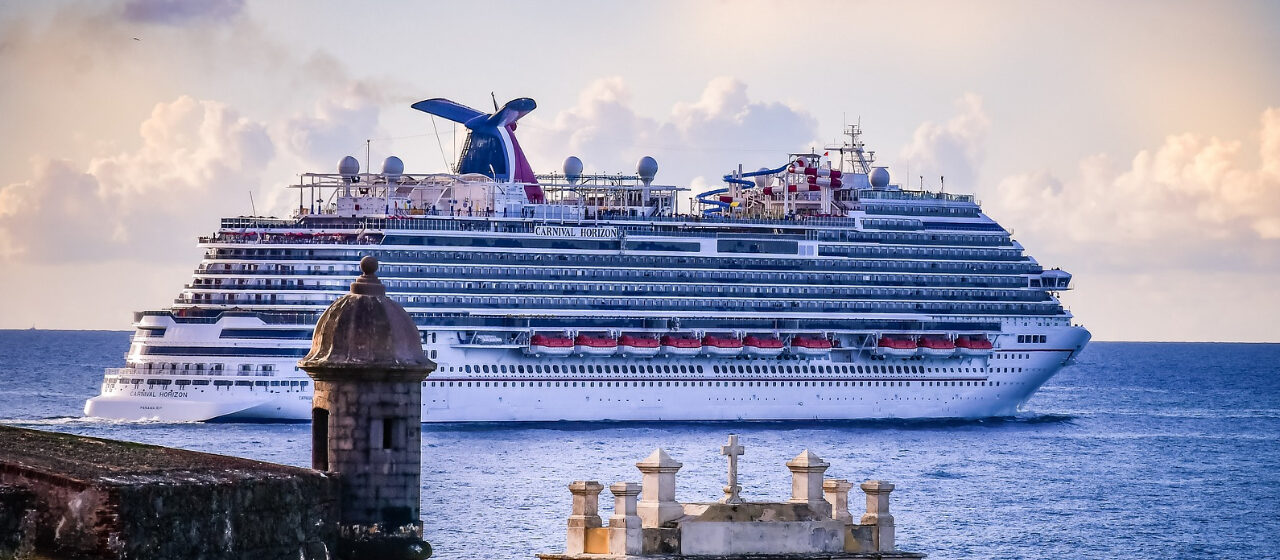 https://adarvetravel.com/wp-content/uploads/2020/04/Crucero-por-el-Mediterráneo-1280x560.jpg